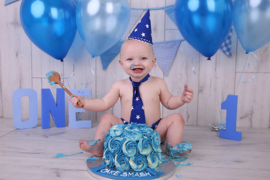 Cake Smash Photo Sessions Are A Great Way To Celebrate Your Childs 1st Or 2nd Birthday
